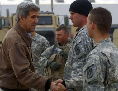 kerry-troops1.jpg