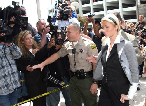 paris-hilton-arrest.jpg