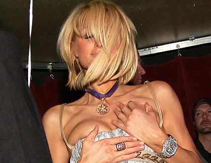 paris-hilton-hands.jpg