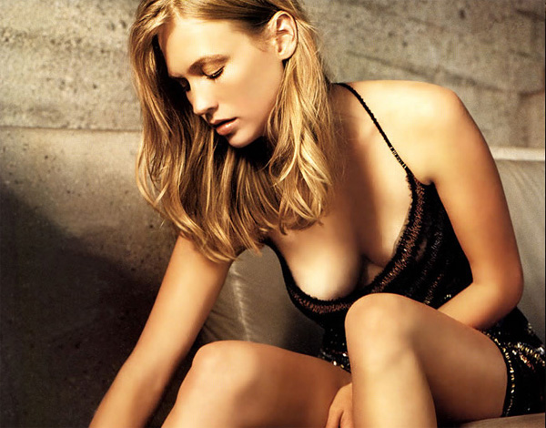 january jones lesbian
