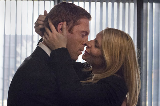 claire-danes-damian-lewis-homeland_finale-212