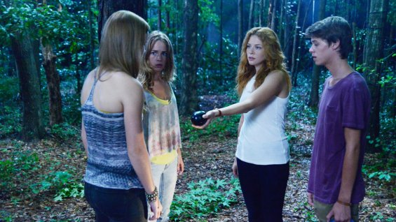under_the_dome_rachelle_lefevre