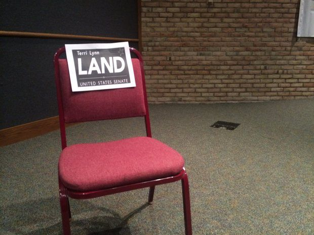 Land Empty Chair